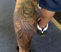 Algunos tatuajes de la Santa Muerte que me gustaron en la pierna
