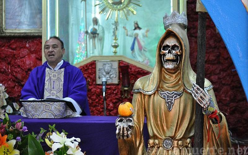 La+Santa+Muerte+Mexicana_1