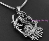 Santa Muerte Necklace | Collares de la Santísima Muerte