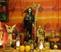 Altar de la Santa Muerte para el hogar