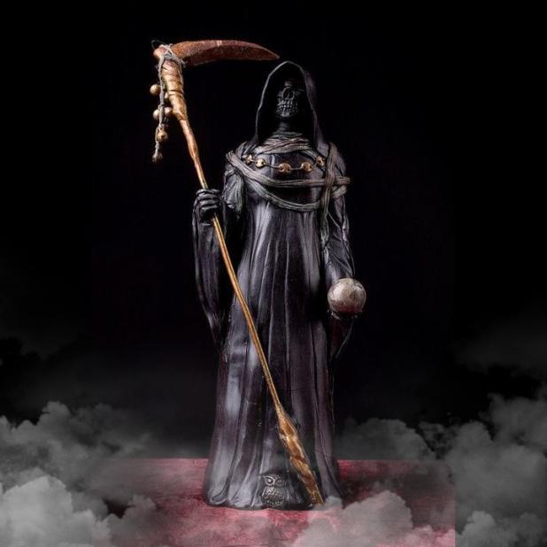 Oración-a-la-Santa-Muerte-negra-para-el-dinero